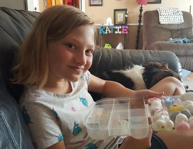 Kate, que agora está com 10 anos (Foto: Reprodução Facebook)