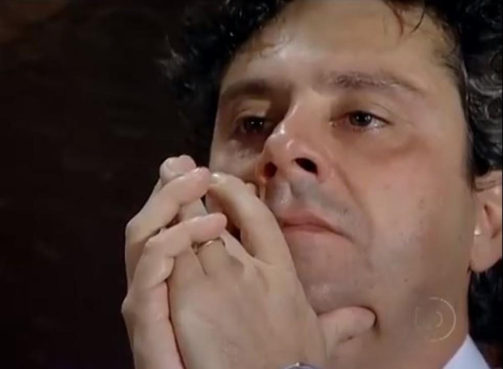 Baltazar comete loucura em 'Fina Estampa' — Foto: Globo