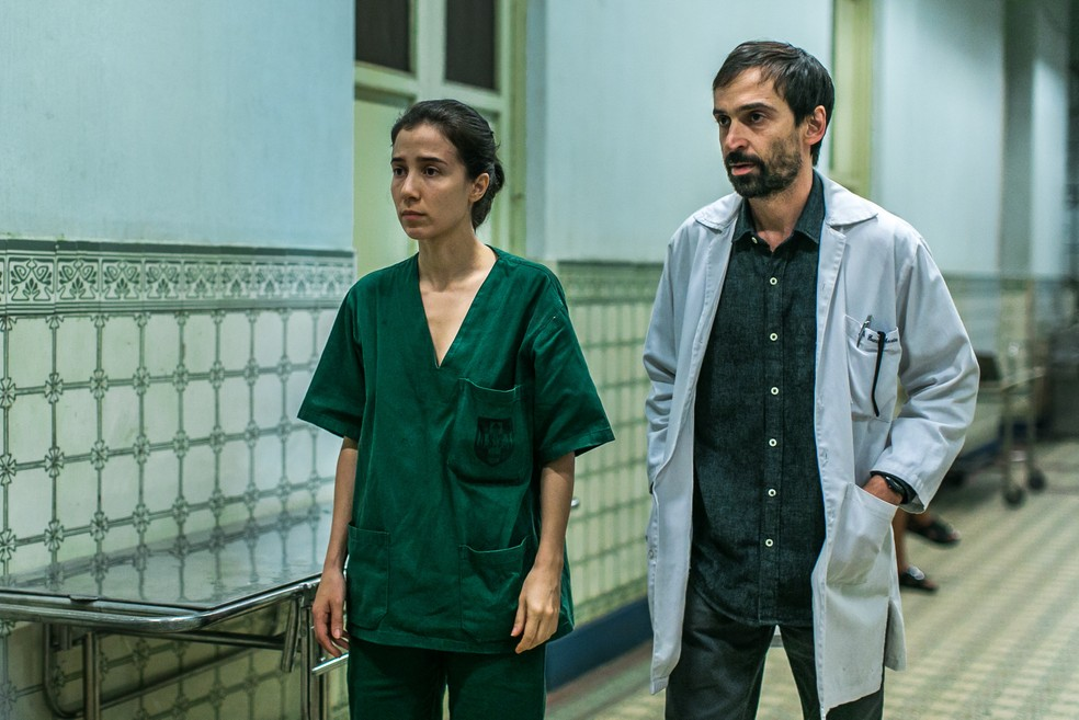 Carolina e Evandro voltam ao Rio de Janeiro nos episódios especiais — Foto: Globo/Raquel Cunha