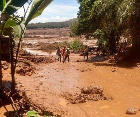 Barragem é rompida em Brumadinho, na Região Metropolitana de Belo Horizonte. (Foto: Reprodução / Twitter)