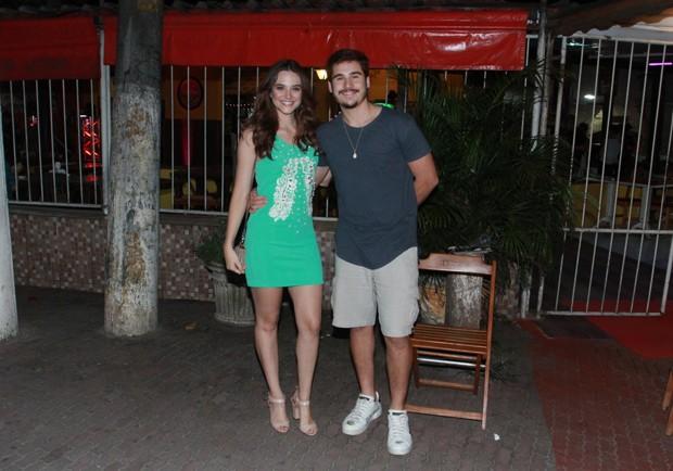 Juliana Paiva e Nicolas Prattes (Foto: Thyago Andrade / Brazilnews)