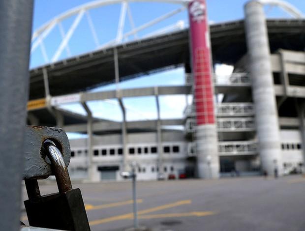 estádio Engenhão fechado (Foto: EFE)