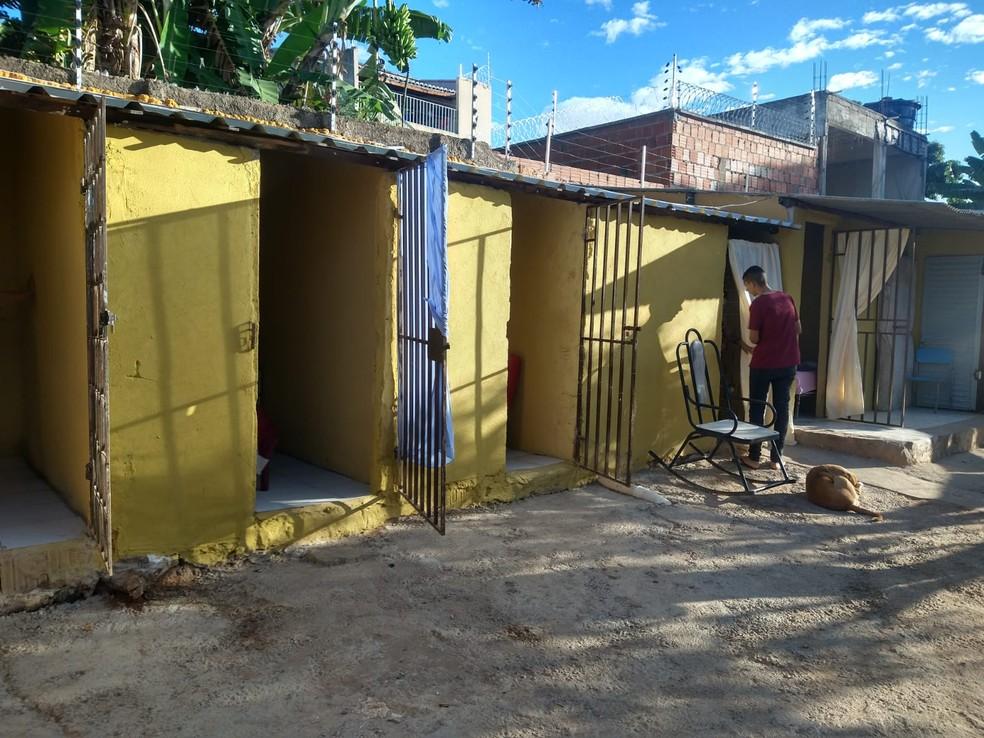 Abrigo onde as mulheres estavam presas fica localizado no Bairro Mirandão, no Crato. — Foto: Arquivo pessoal