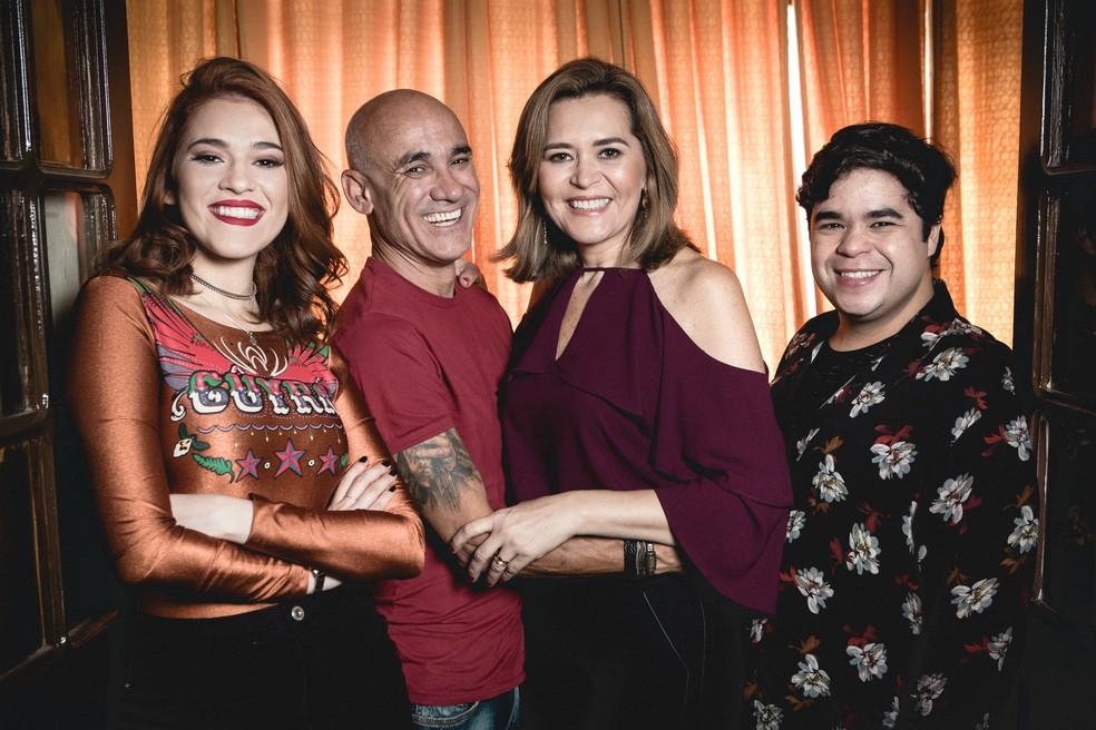 Família Lima completa  (Foto: Isabella Pinheiro/ Gshow)