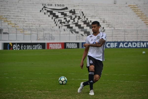 Corinthians tem sondagem da França por Lucca; Ponte torce por permanência