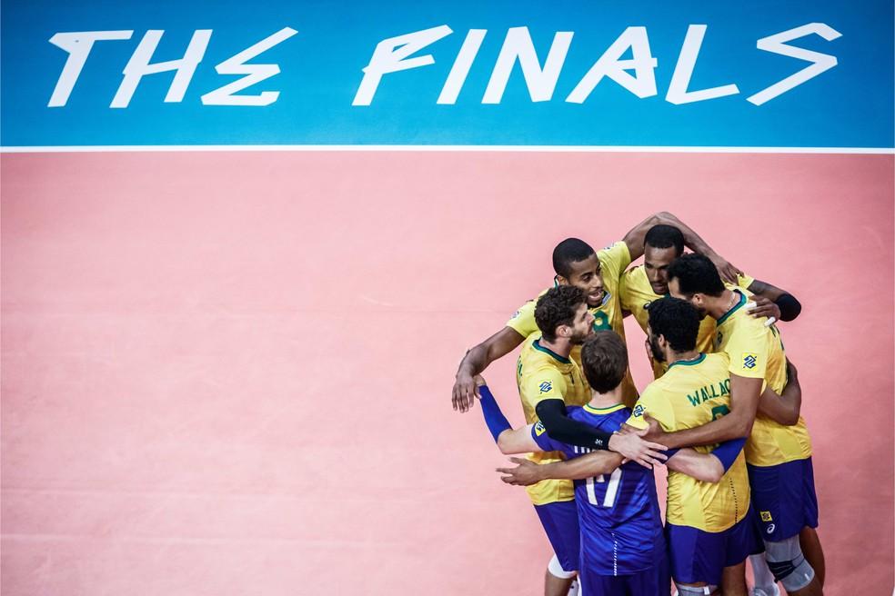 Brasil festeja ponto contra a França — Foto: Divulgação
