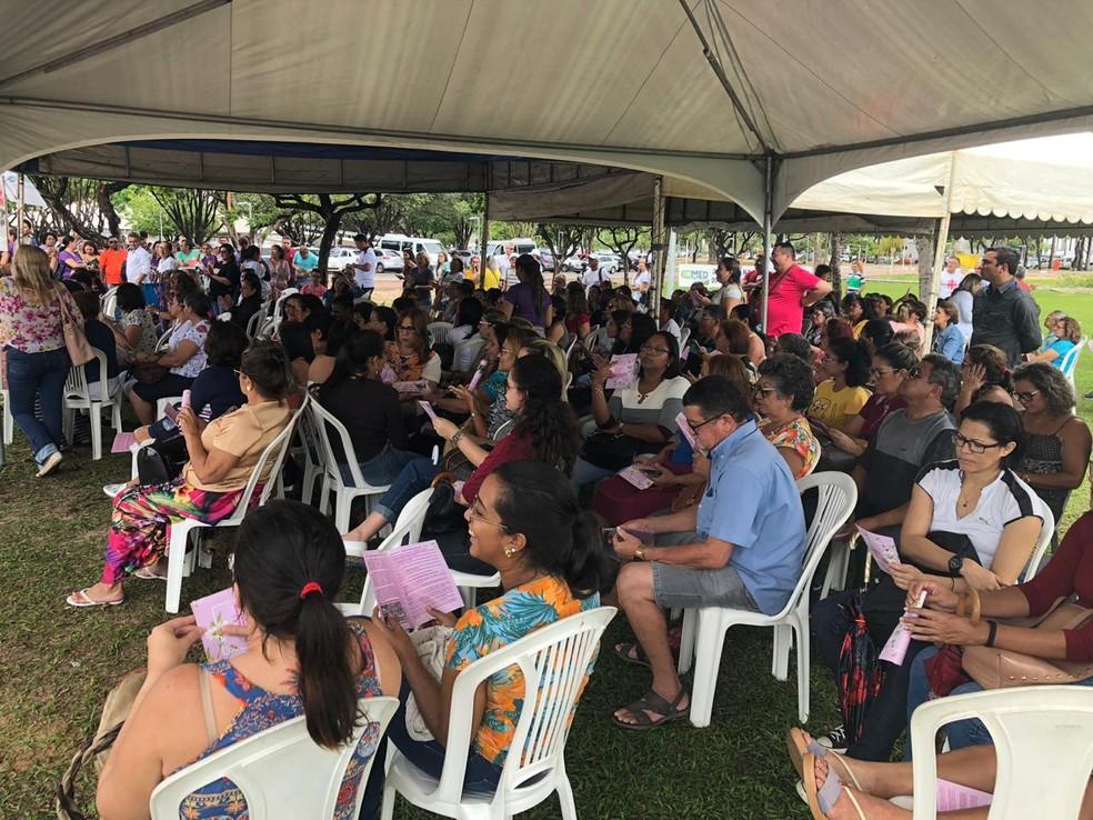 Servidores da Saúde do RN paralisam atividades e montam tendas em frente à Governadoria ao Estado, em protesto — Foto: Cedida