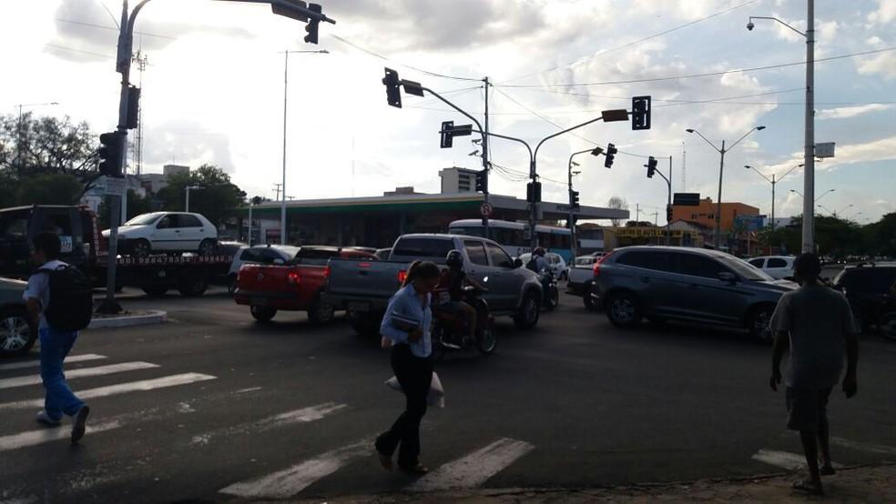 Apagão começou por volta das 16h (Foto: José Marcelo / G1 PI)