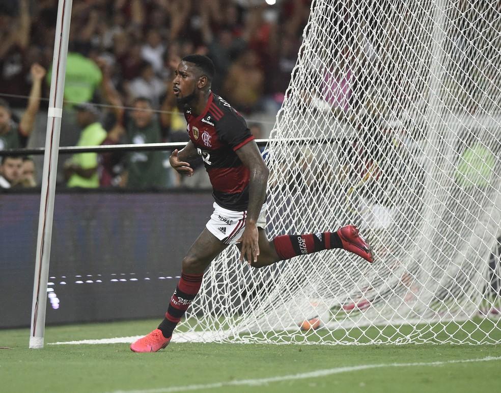 Gol, Gerson, Comemoração, Flamengo x Independiente del Valle — Foto: André Durão/GloboEsporte.com