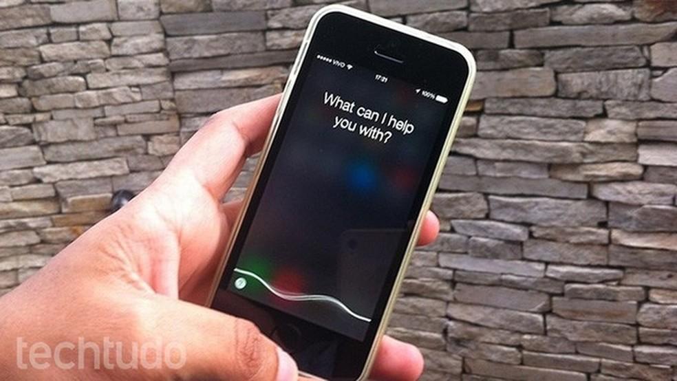 Cada funcionário da Apple ouvia até 1.000 gravações da Siri por dia — Foto: Reprodução/Marvin Costa