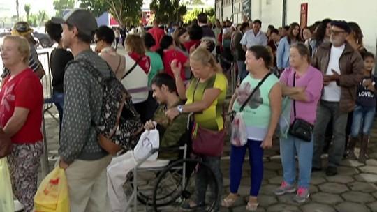 Voluntários servem mais de 6 mil pratos no Afogadão da Festa do Divino de Mogi das Cruzes