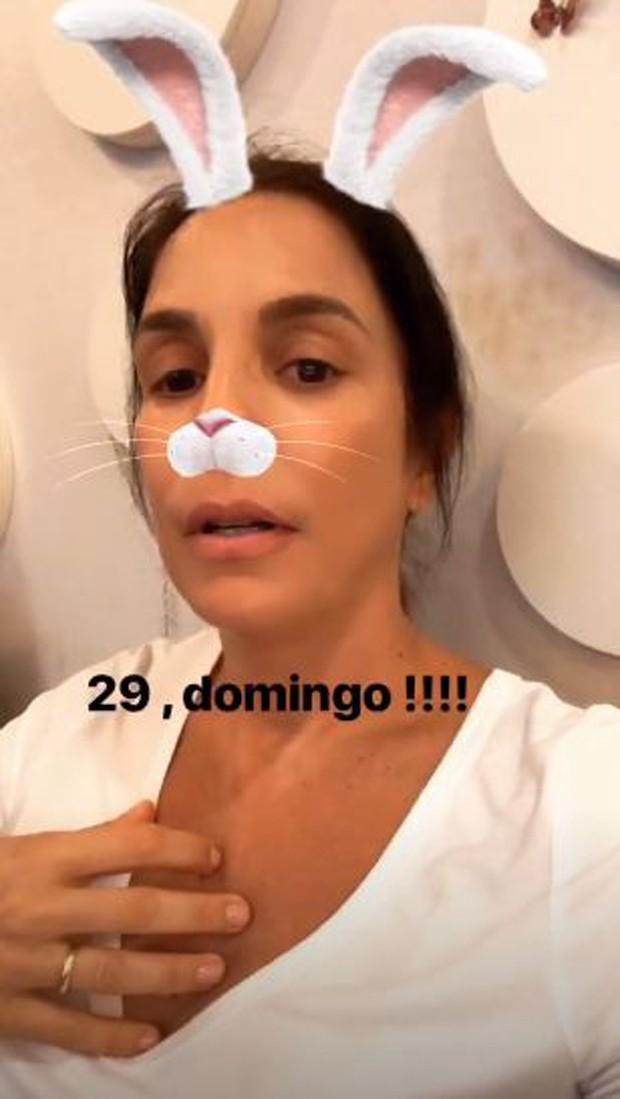 Ivete Sangalo ensaiando em casa (Foto: Reprodução/Instagram)