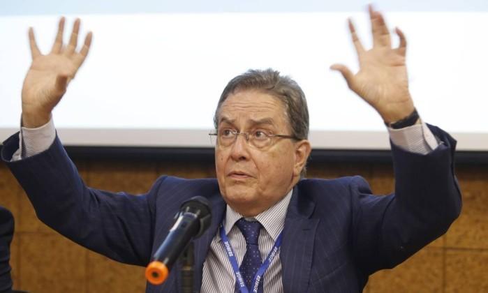 JBS ameaça processar presidente do BNDES | Poder em jogo - O Globo