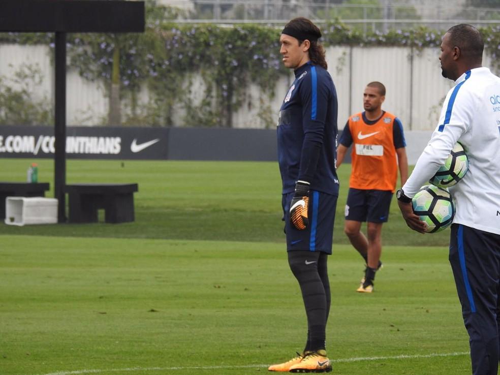 Cássio treinou nesta manhã, durante a convocação (Foto: Marcelo Braga)