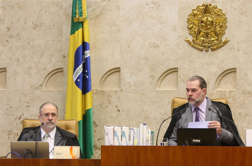 Procurador-geral da República, Augusto Aras, e presidente do STF, ministro Dias Toffoli — Foto: Nelson Jr./SCO/STF