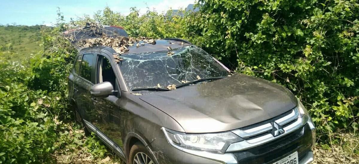 PM recupera em Cardoso Moreira, RJ, carro roubado em 2017 de morador de Niterói