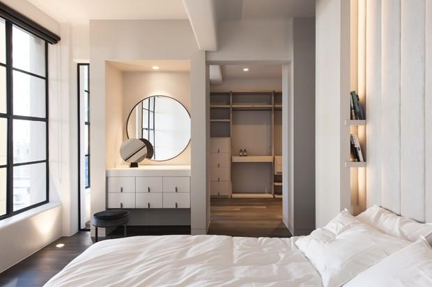 Armazém dos anos 1920 se transforma em lar com décor minimalista  (Foto: Nicole England)