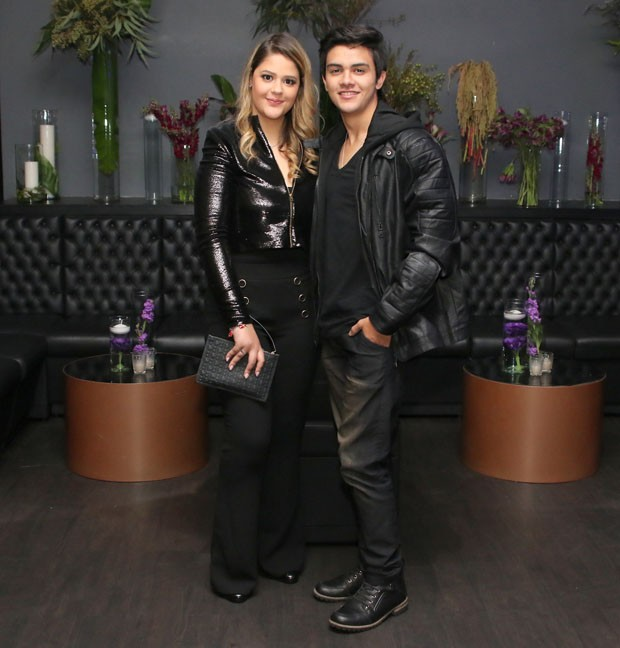 O casal Maria Antônia Cavalcante e Victor Aguiar (Foto: Thiago Duran/AgNews)