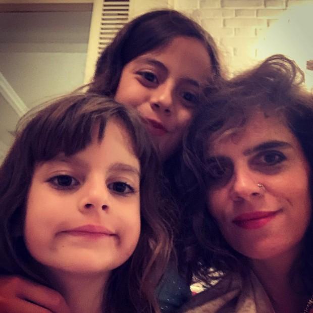 Mariana Maffeis e as filhas Joana e Maria (Foto: Reprodução/Instagram)