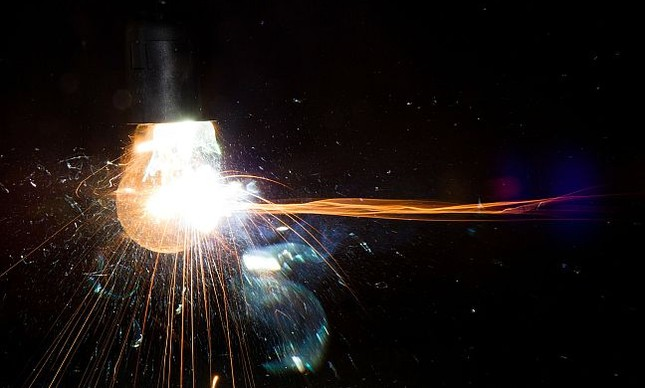 Explosão, o fim, lâmpada (Foto: Pixabay)