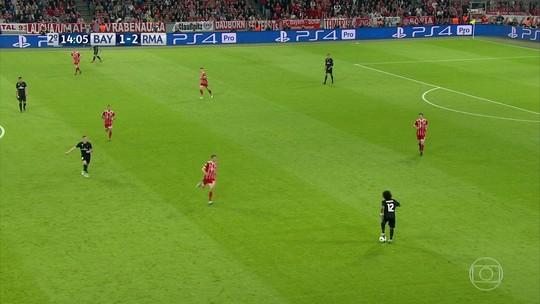 Com nojo: veja a matada de bola de Marcelo no jogo da Champions