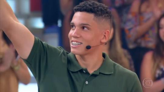 'Caldeirão': Paulinho, da Seleção Sub-17, fala sobre as dificuldades da vida de atleta