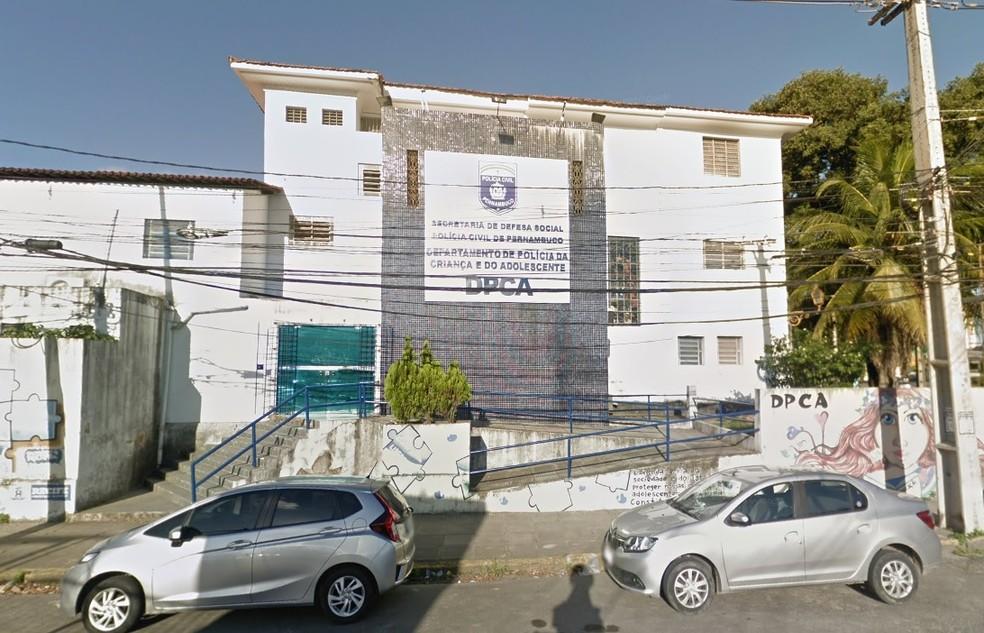 Crime é investigado pelo Departamento de Polícia da criança e do Adolescente (DPCA), que fica na Zona Oeste do Recife — Foto: Reprodução/Google Street View