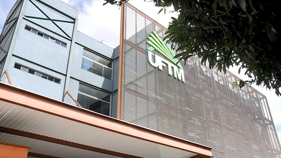 UFTM estuda as características do quadro de pessoal para tomar decisão após anúncio do MEC — Foto: Reprodução/TV Integração