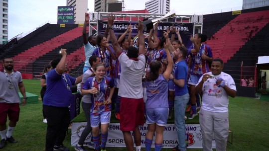 """Em """"campeonato invisível"""", Vitória vence Sport e se torna campeão pernambucano"""