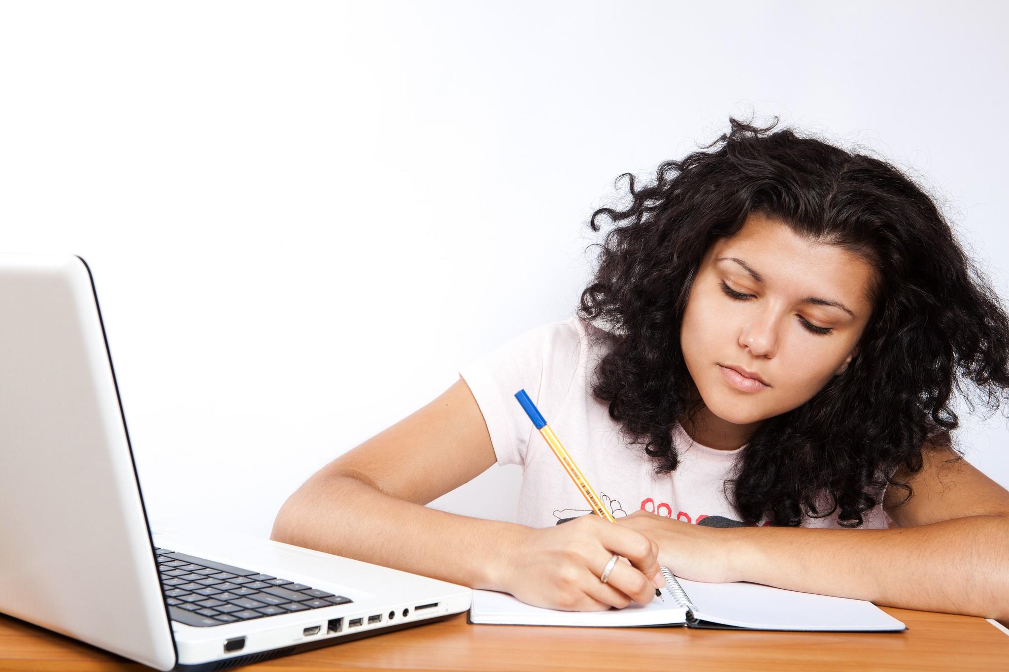 Plataforma auxilia estudante a ter melhor argumentação na redação do Enem (Foto: Flickr Common / CollegeDegrees360)
