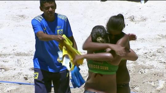 Os pontos finais de Lili/Josi 0 x 2 Ana Patricia/ Rebeca no circuito de vôlei de praia