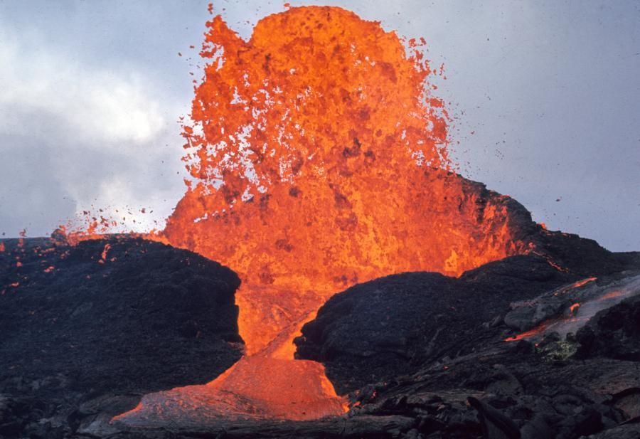 Veja fotos do vulcão que passou 5 anos em erupção