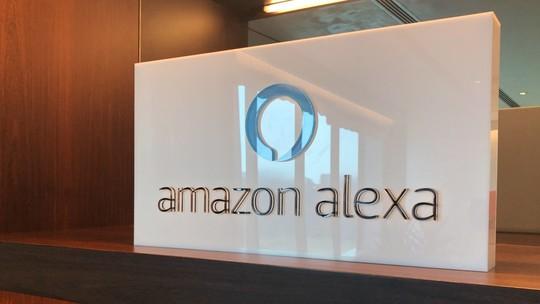 Amazon Echo ou JBL Link 10? Compare ficha técnica das caixinhas smart