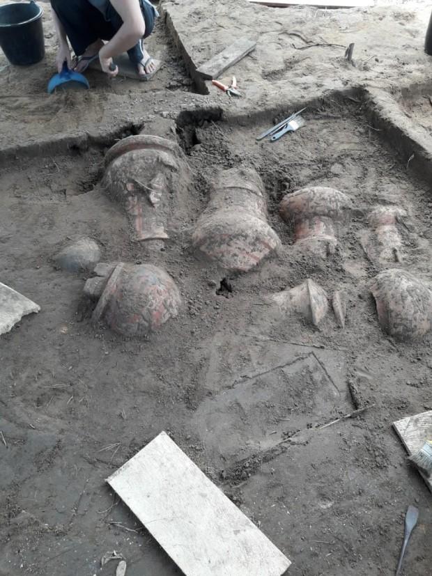 Urnas funerárias indígenas são de 1 a 1,5 mil anos atrás (Foto: Divulgação / Prefeitura de Tefé)