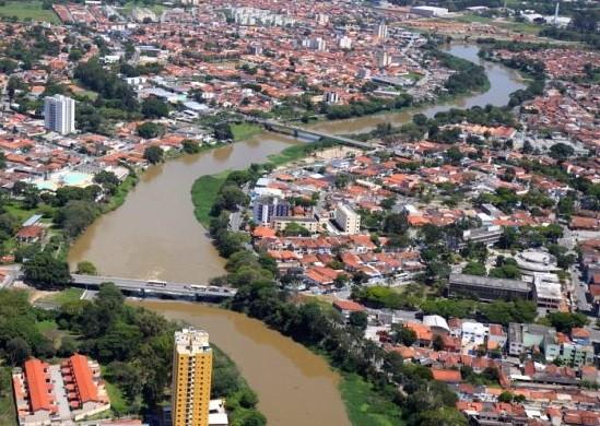 Jacareí vai assinar contrato do CAF para empréstimo de US$ 60 milhões  - Notícias - Plantão Diário