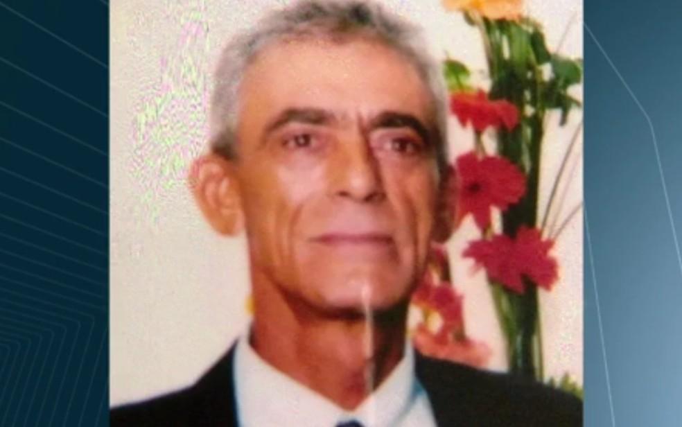 O lenhador Hélio Alves Borges, de 66 anos, foi morto a tiros (Foto: Reprodução/TV Anhanguera)