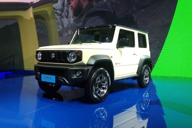 Novo Suzuki Jimny conviverá com o antigo (Foto: Alexandre Izo/Autoesporte)