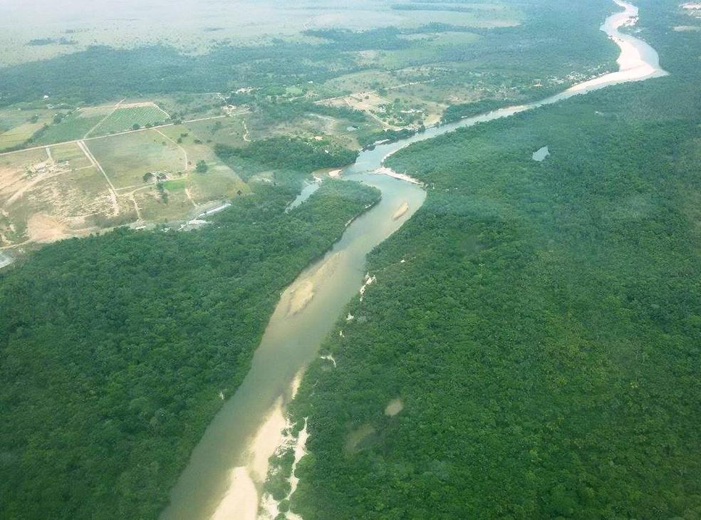 O Rio Branco é formado pela confluência dos rios Tacutu e Uraricoera, e é um dos cartões-postais de Boa Vista — Foto: Arquivo/G1