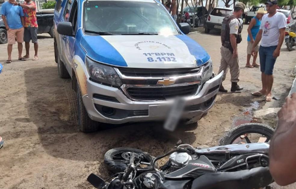 Idosa foi atropelada na porta de casa por viatura da PM na Bahia  — Foto: Site Bahia 10