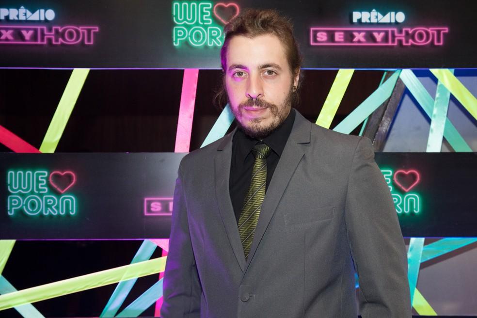 O ator pornô Alemão, o 'mozão' de Dread Hot, no Prêmio Sexy Hot 2018 — Foto: Celso Tavares/G1