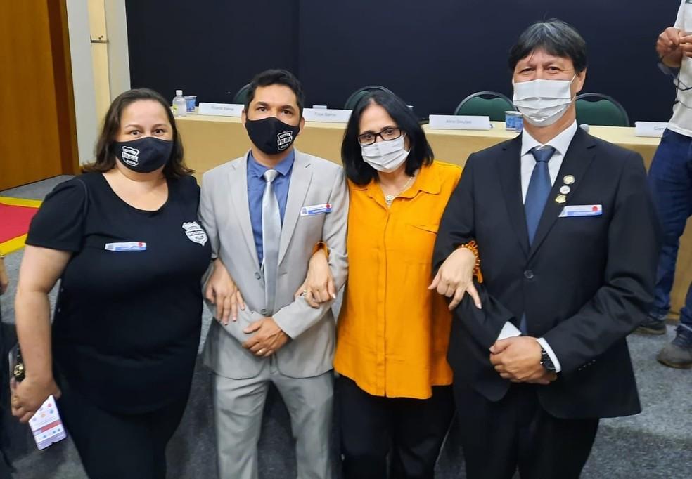 Ministra Damares Alves se reuniu com o delegado, escrivã e perito que trabalharam na conclusão do inquérito da morte do menino Cristofer — Foto: Reprodução/Facebook