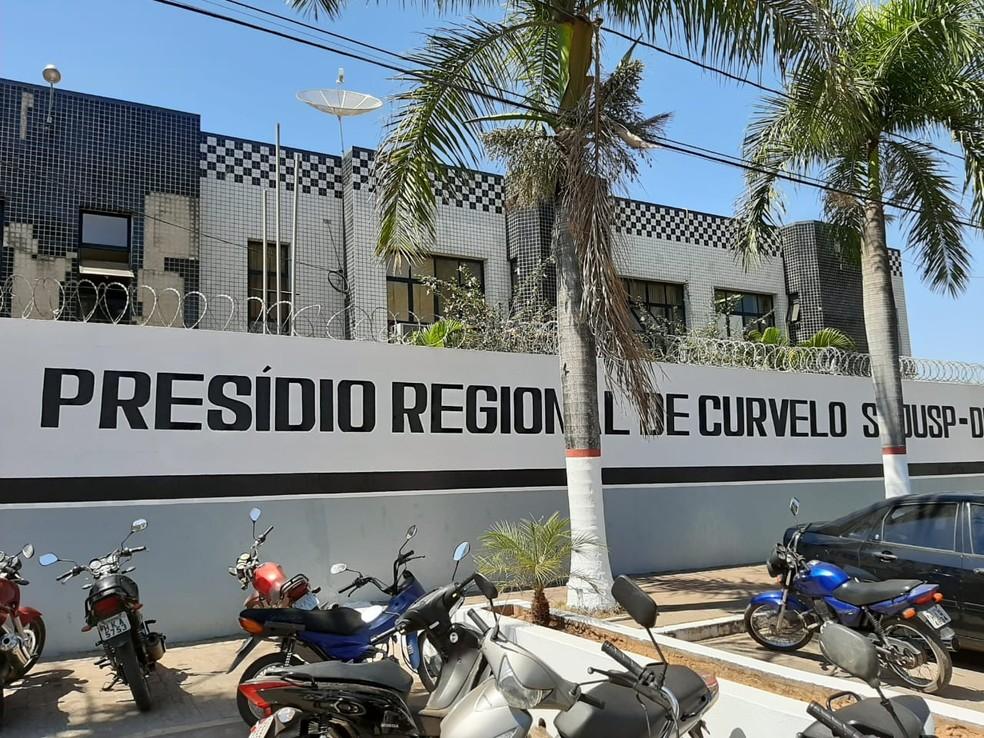 Presídio de Curvelo fica na Avenida Bias Fortes — Foto: Francyne Perácio / Videorrepórter