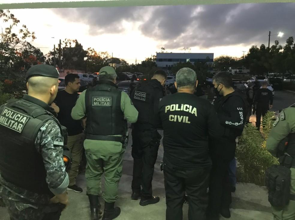 Operação 'Mayday', em Caruaru — Foto: Polícia Civil/Divulgação