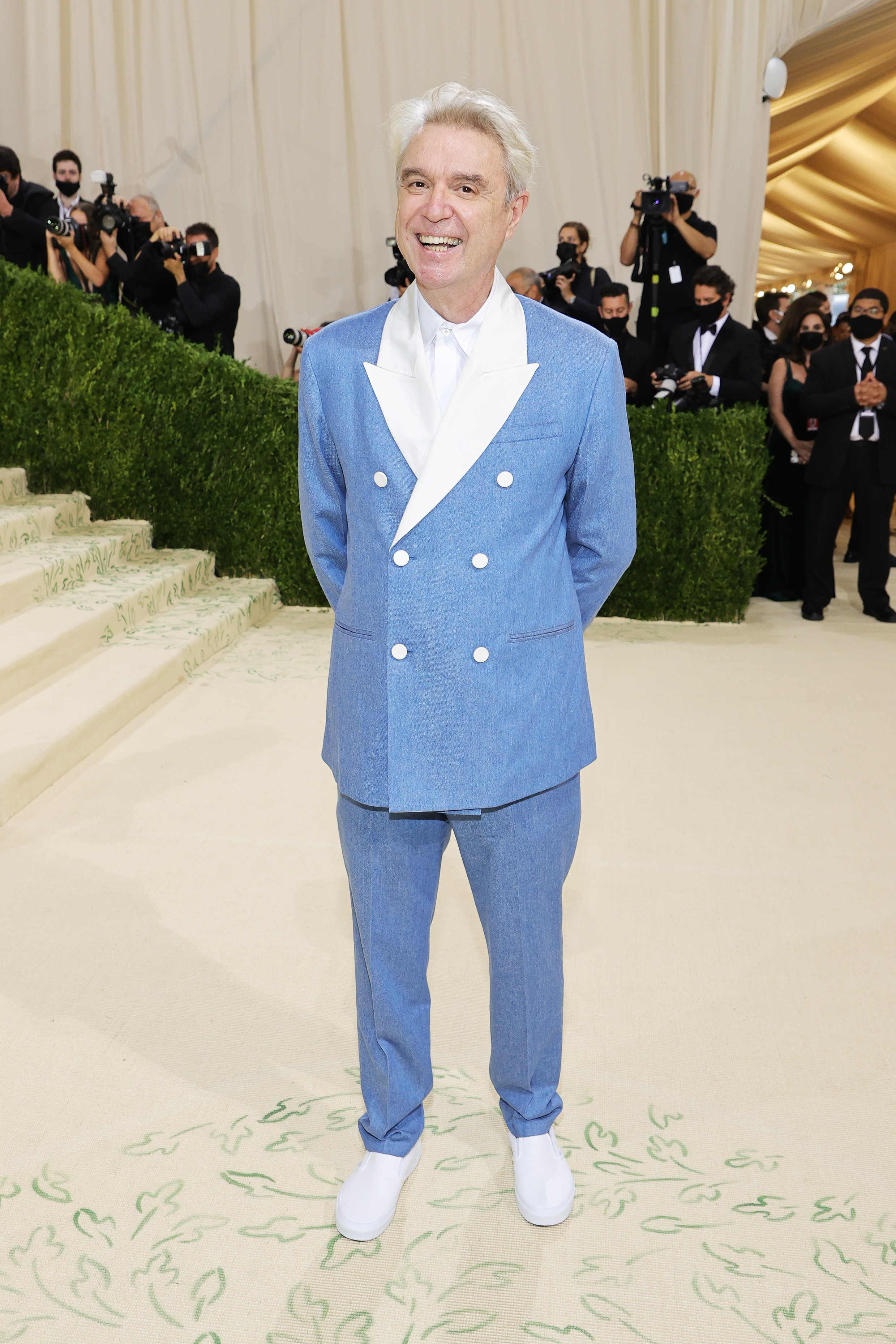 NEW YORK, NEW YORK - SEPTEMBER 13: David Byrne attends The 2021 Met Gala Celebrating In America: A Lexicon Of Fashion at Metropolitan Museum of Art on September 13, 2021 in New York City. (Photo by Mike Coppola/Getty Images) (Foto: Getty Images)