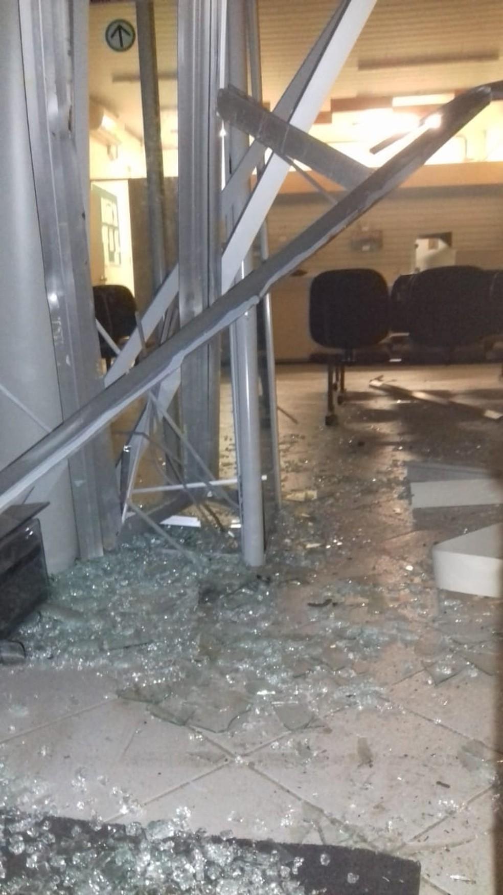 Agência dos Correios do município de Várzea, interior do RN, foi arrombada no mês de julho de 2018 — Foto: Redes Sociais