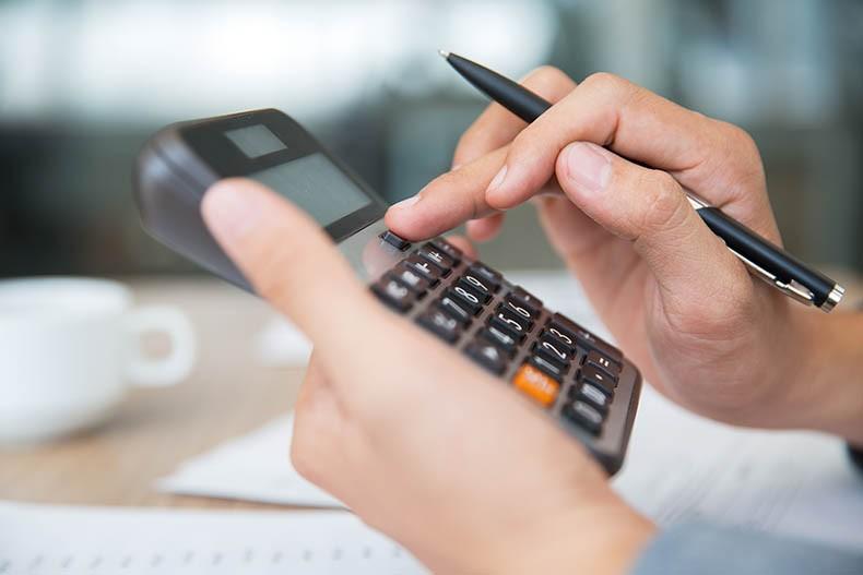 Mais de 1,5 mil empresas do AP podem ser excluídas de regime simplificado de impostos