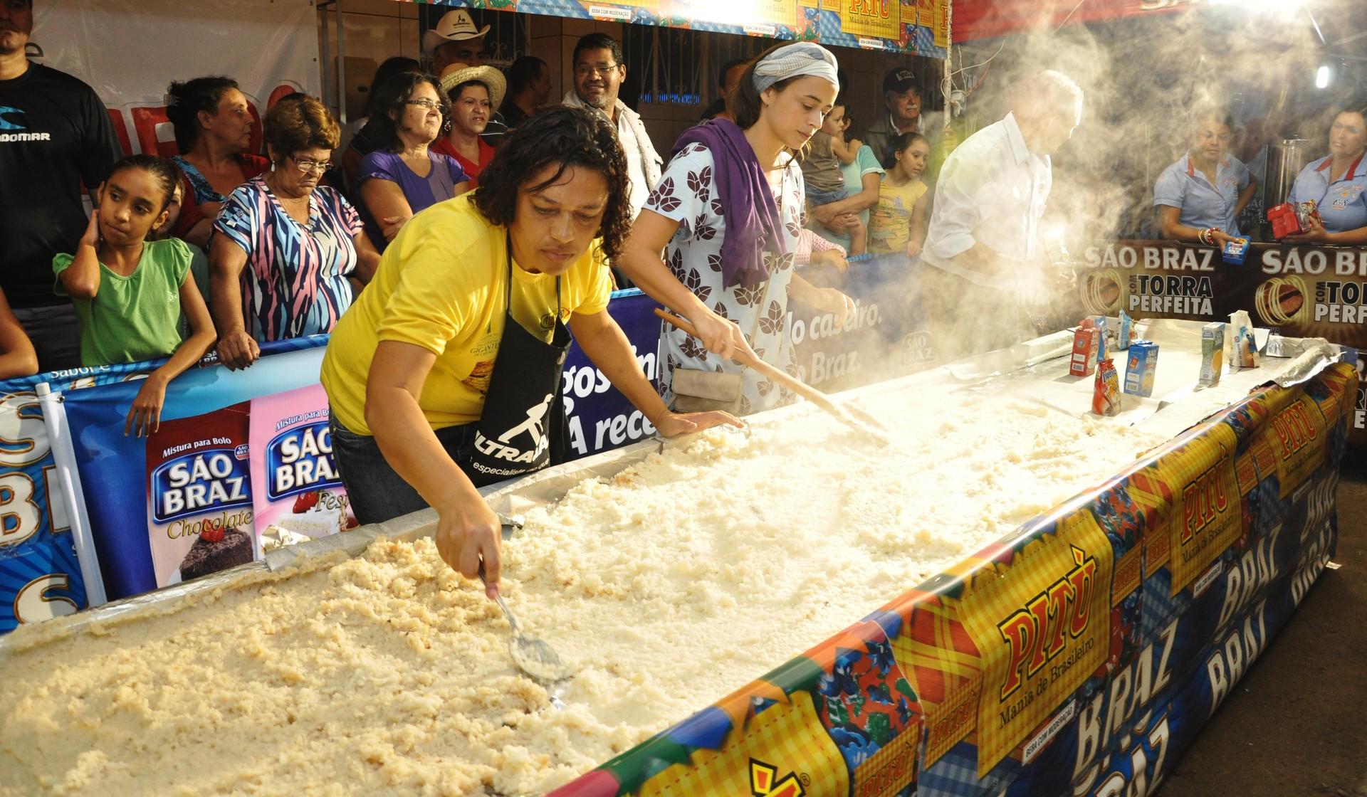 Idealizadores das comidas gigantes realizam live nesta sexta-feira (22), em Caruaru