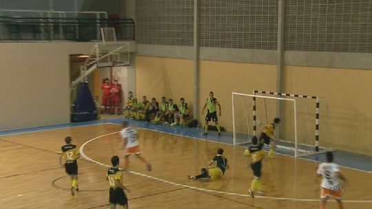 Veja como foi a rodada da Taça EPTV de Futsal São Carlos na quinta-feira