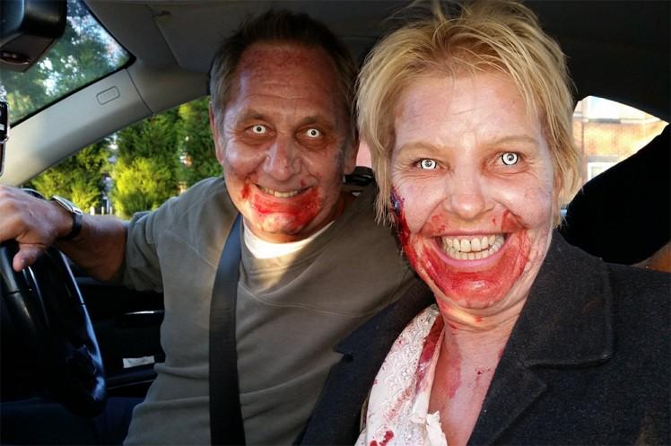 O casal de 'zumbis' abordado pela polícia inglesa