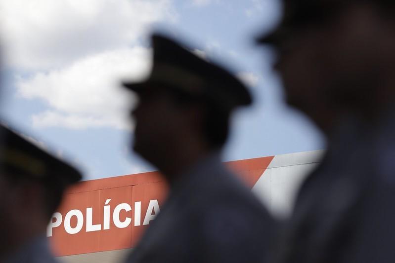 1º protocolo de abordagem entre policiais de SP entra em vigor e determina revista e apreensão de armas de agentes sem funcional